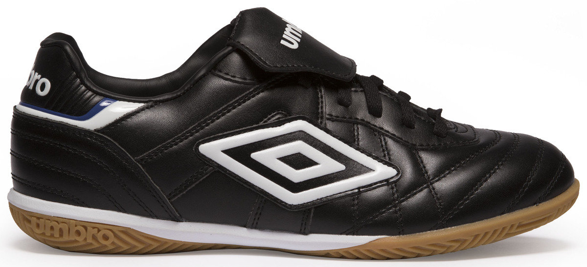 7889207b630 umbro indoor soccer shoes on sale   OFF58% Discounts